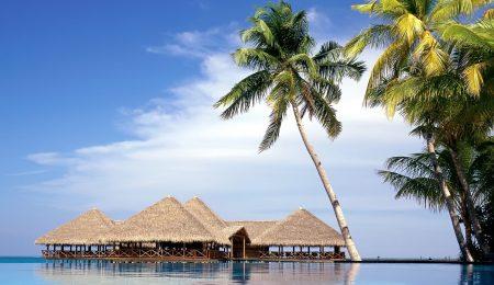 download-wallpaper-maldives-beach