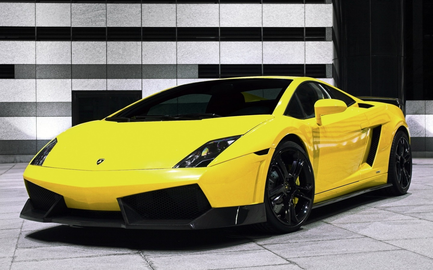Download Wallpaper Lamborghini Gallardo LP560 1